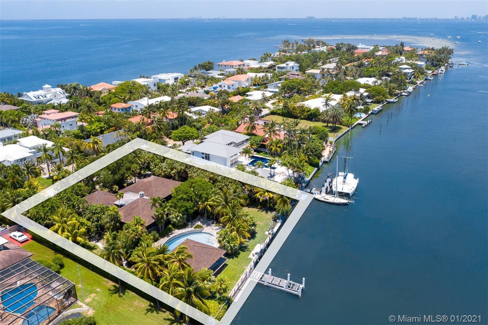 Key Biscayne                                                                      , FL - $8,995,000