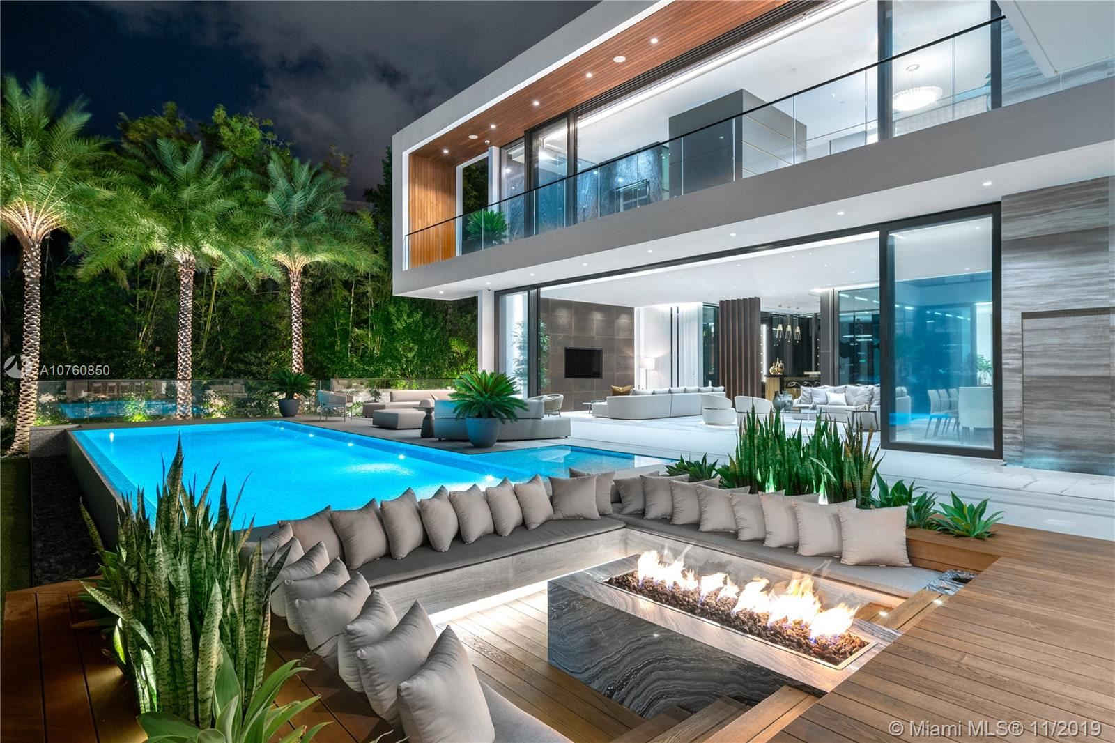 Miami Beach                                                                      , FL - $22,500,000