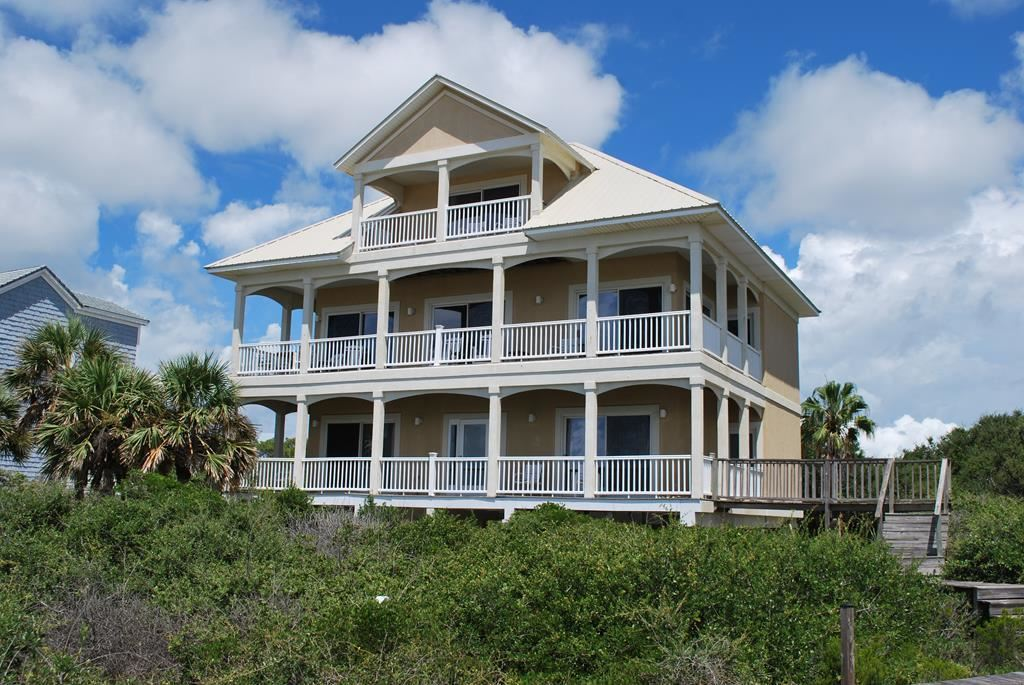 St. George Island                                                                      , FL - $1,325,000