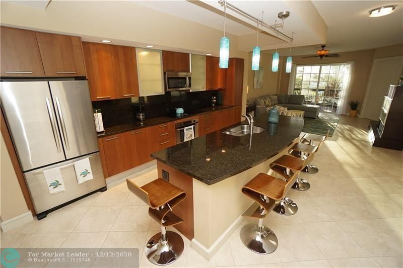 Lauderdale By The Sea                                                                      , FL - $720,000