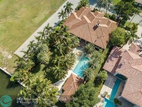 1101 Southlake Dr, Hollywood, FL, 33019,  Home For Sale