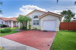 8724 143rd Ter, Miami Lakes, FL, 33018,  Home For Sale