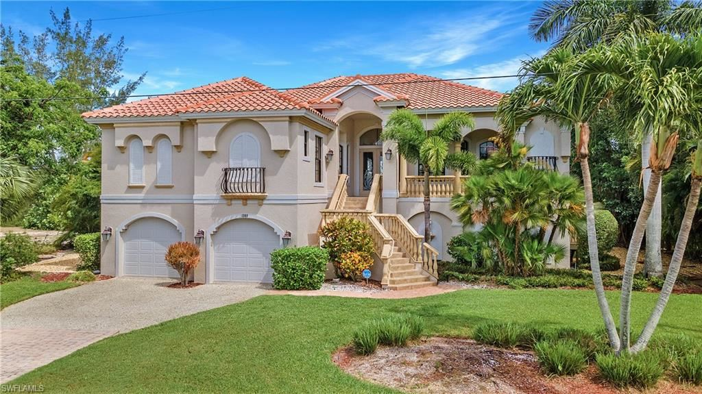 1305 Par View Drive                                                                               Sanibel                                                                      , FL - $1,749,000