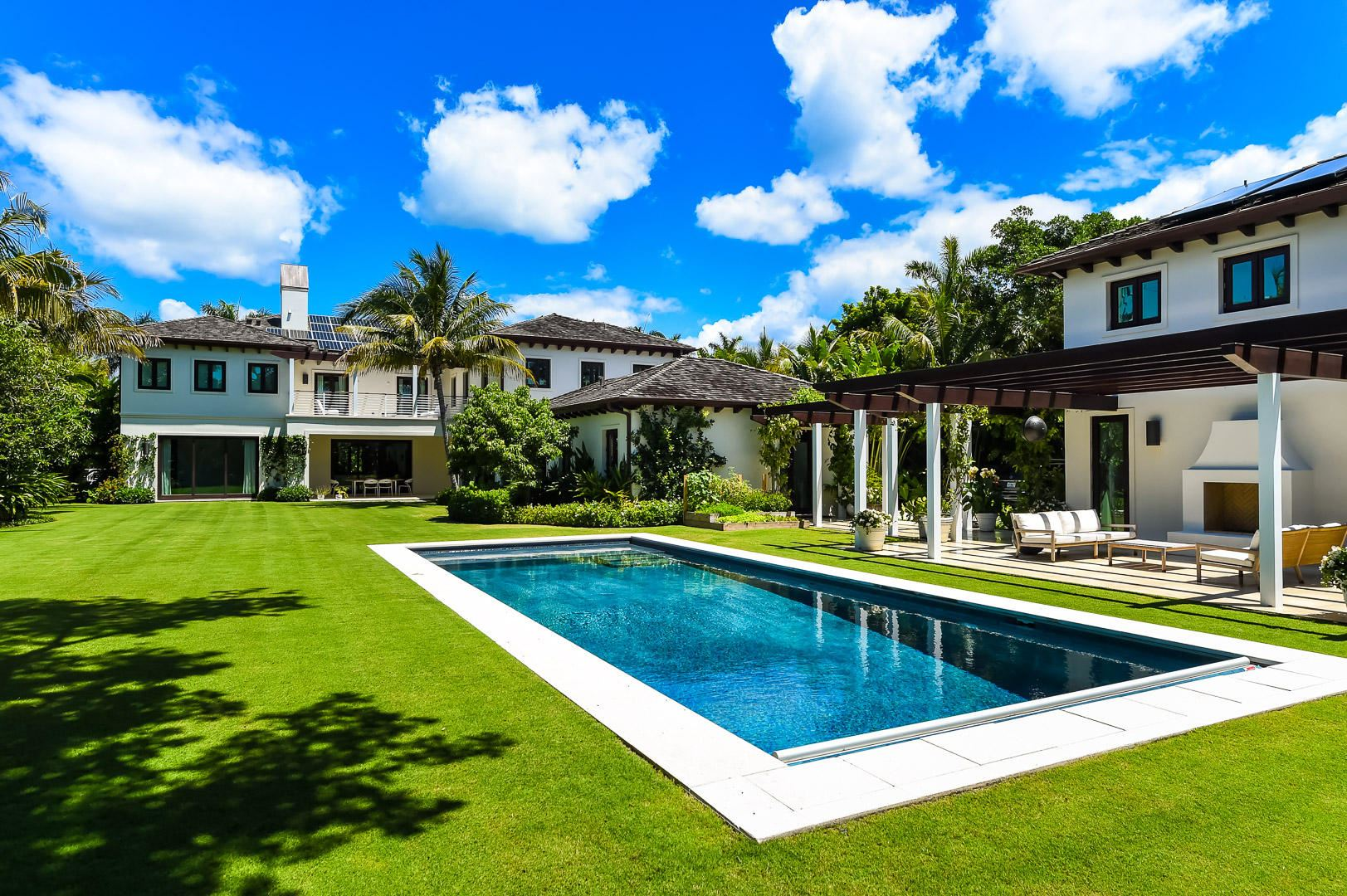 Palm Beach                                                                      , FL - $16,950,000