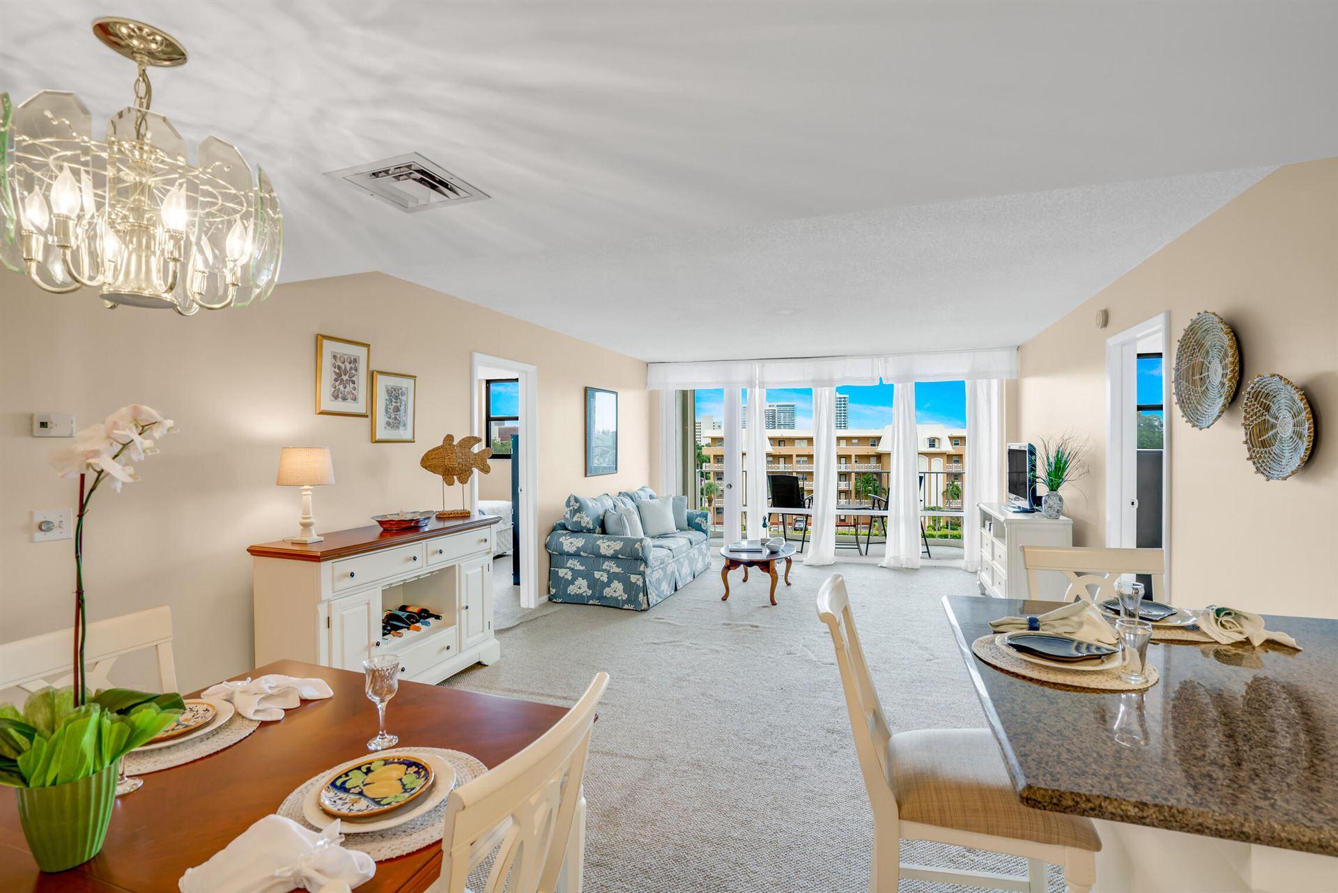 North Palm Beach                                                                      , FL - $275,000