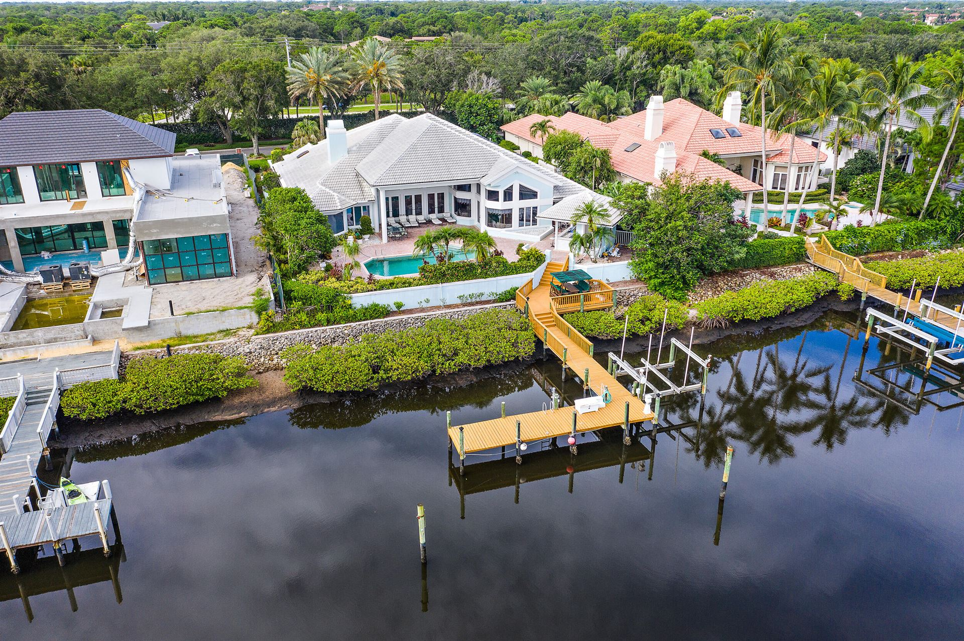 Admirals Cove Properties For Sale