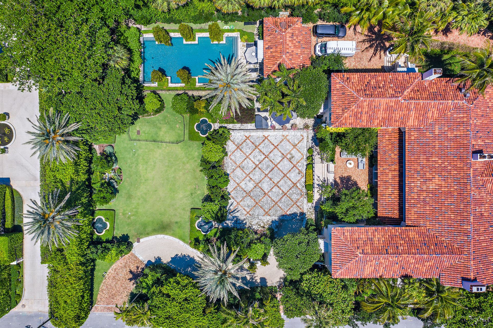 Palm Beach                                                                      , FL - $29,500,000