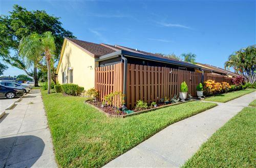 182 Springdale Circle, Palm Springs, FL, 33461,  Home For Sale