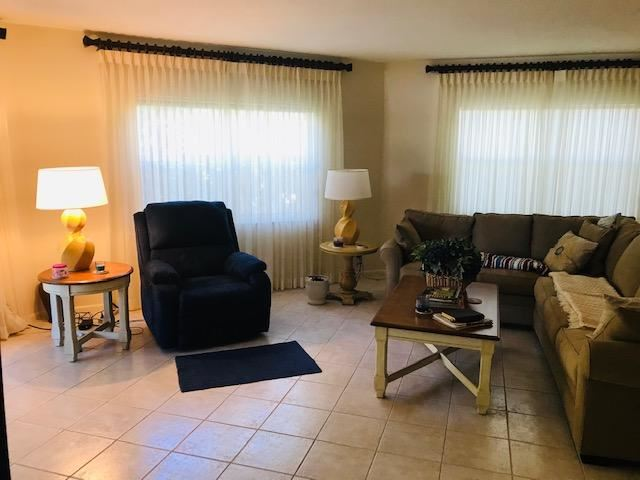CROWN COLONY CLUB Properties For Sale