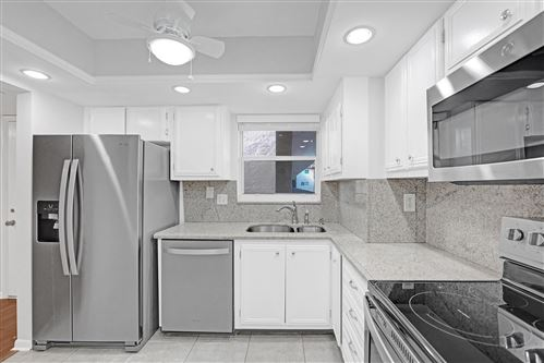 705 Lori, Palm Springs, FL, 33461, LAKESIDE VILLAGE BUILDING #16 Home For Sale