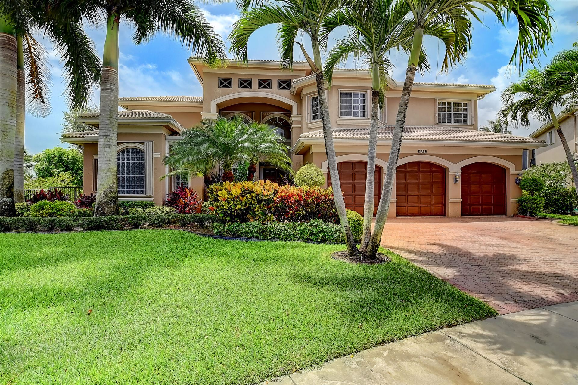 Canyon Isles Properties For Sale