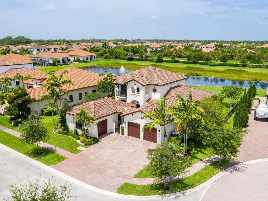 Osprey Oaks Properties For Sale