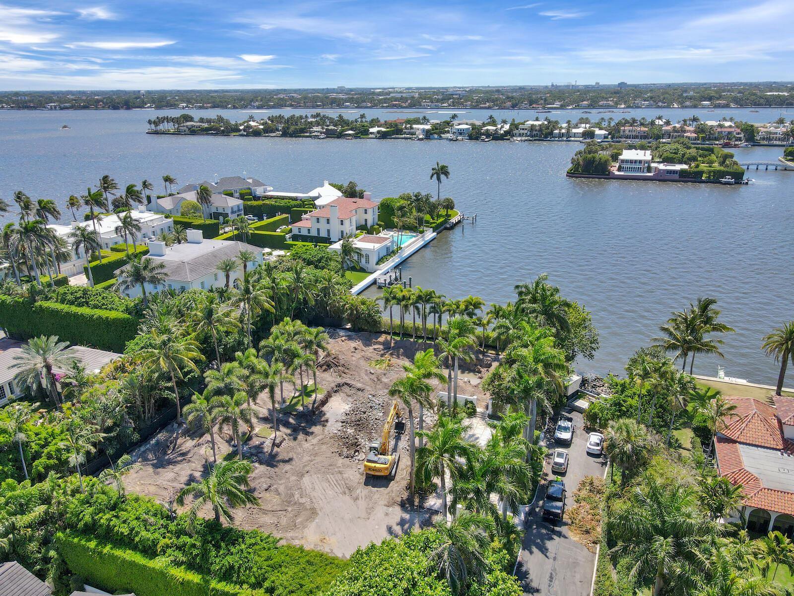 Palm Beach                                                                      , FL - $29,950,000