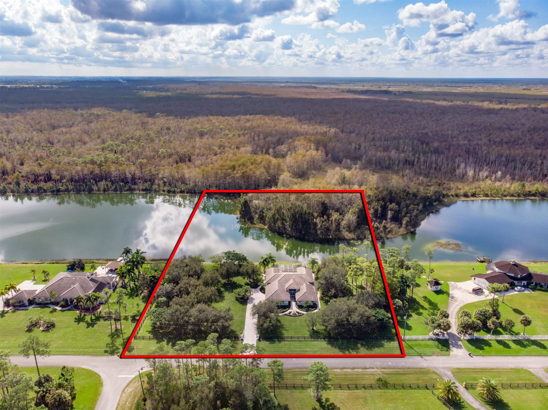Lake Worth                                                                      , FL - $959,000