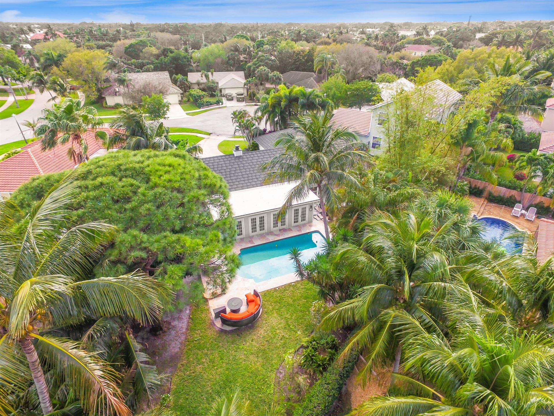 Tequesta                                                                      , FL - $618,000