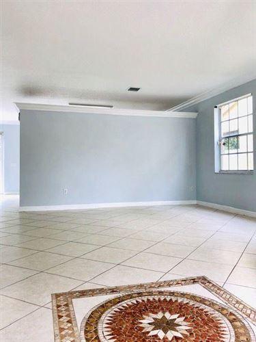 1113 Oakwater, Royal Palm Beach, FL, 33411, WYNDAM Home For Sale