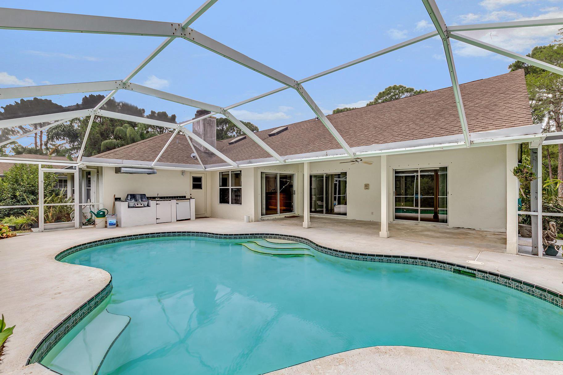 Palm Beach Gardens                                                                      , FL - $649,000