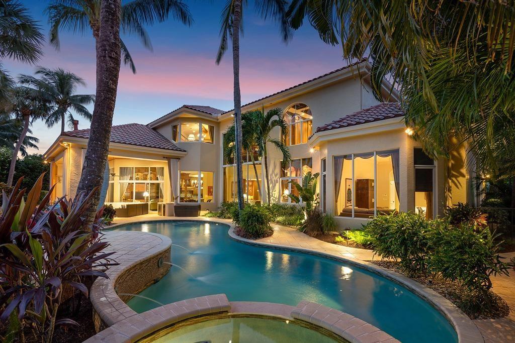 Palm Beach Gardens                                                                      , FL - $4,399,000