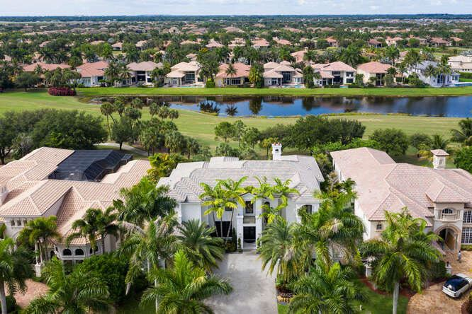 Mizner Country Club Properties For Sale