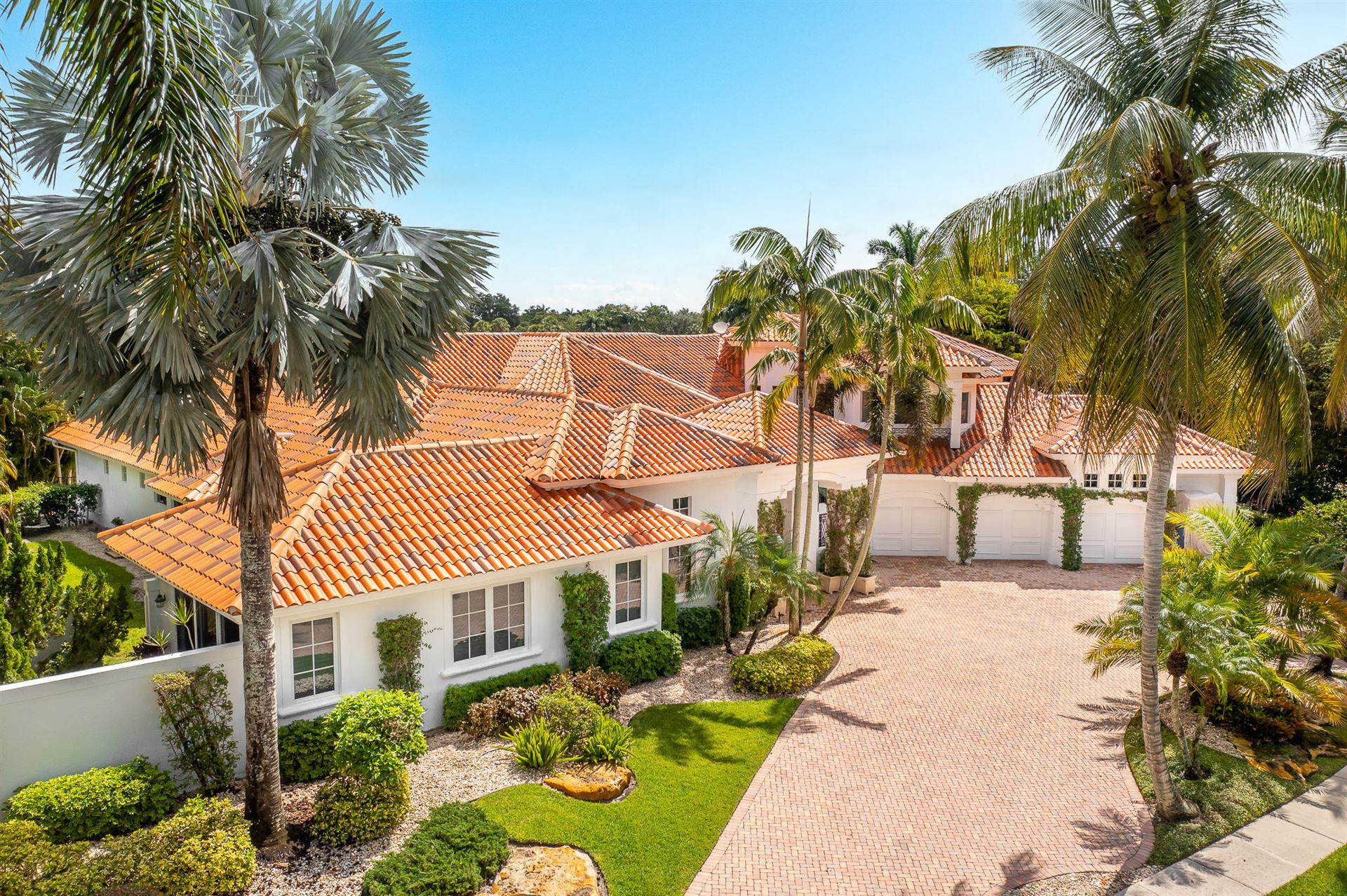 ADDISON RESERVE COUNTRY CLUB Properties For Sale