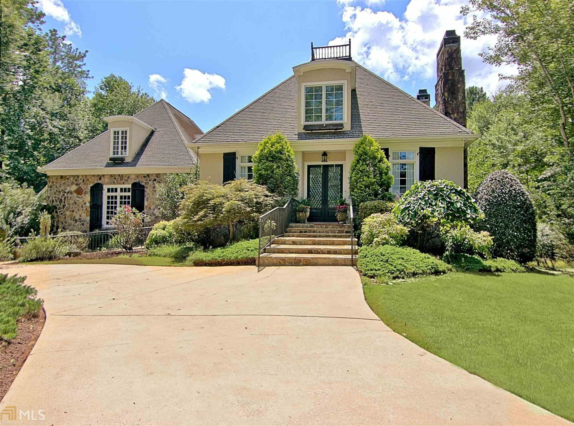 Peachtree City                                                                      , GA - $994,000