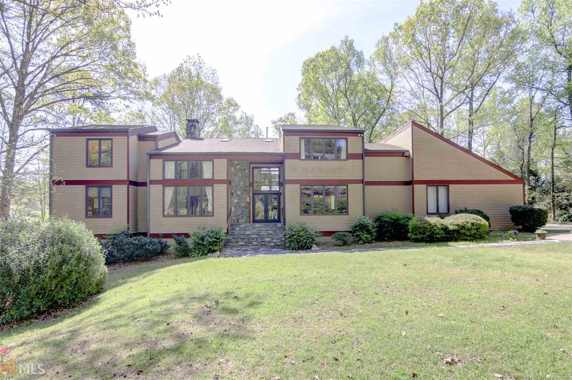 Peachtree City                                                                      , GA - $875,000