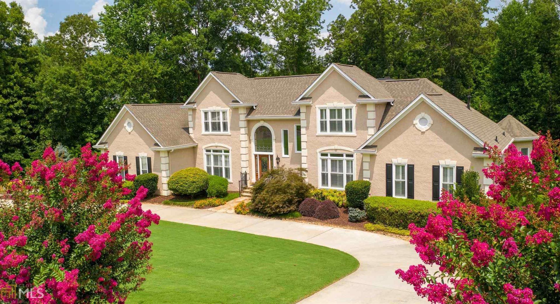 Peachtree City                                                                      , GA - $949,000