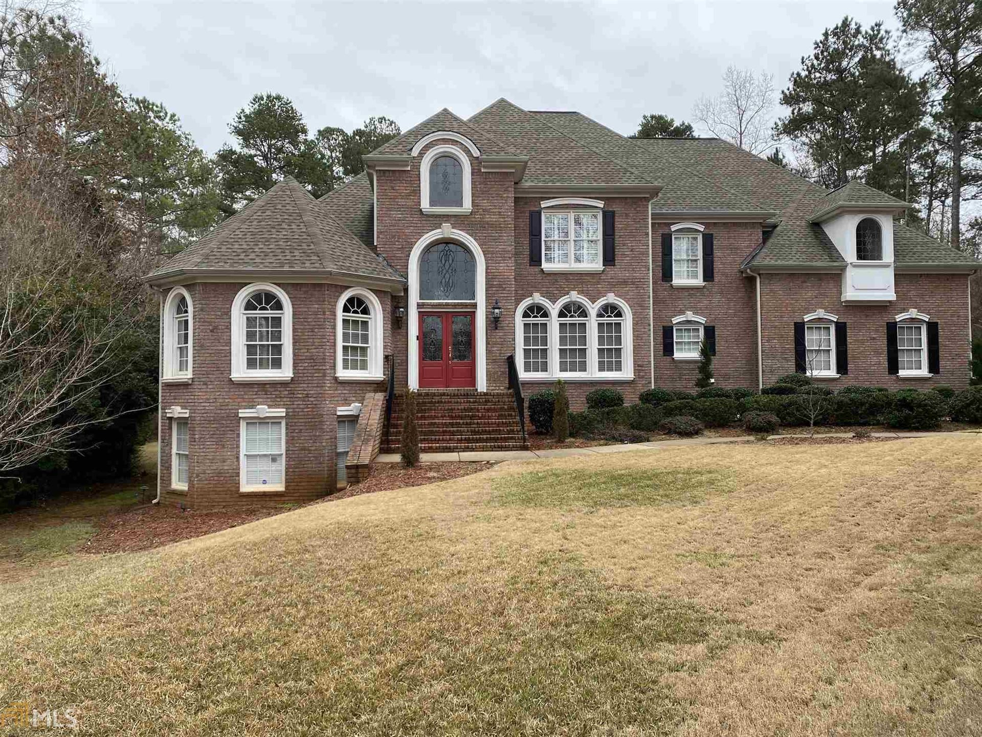 Peachtree City                                                                      , GA - $890,000