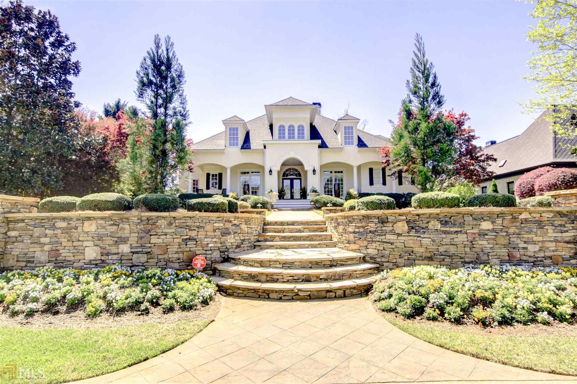Peachtree City                                                                      , GA - $950,000