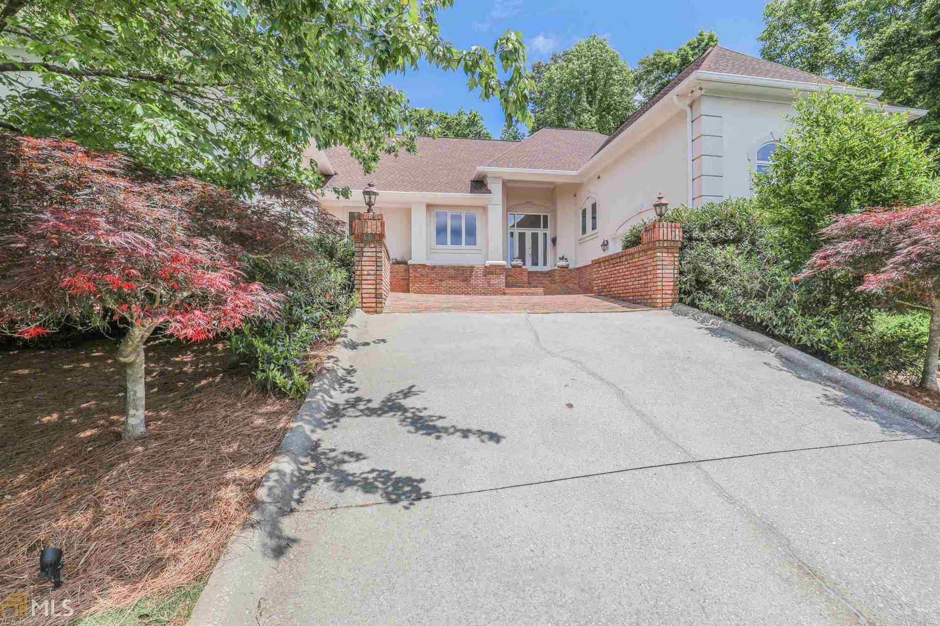 Peachtree City                                                                      , GA - $819,000