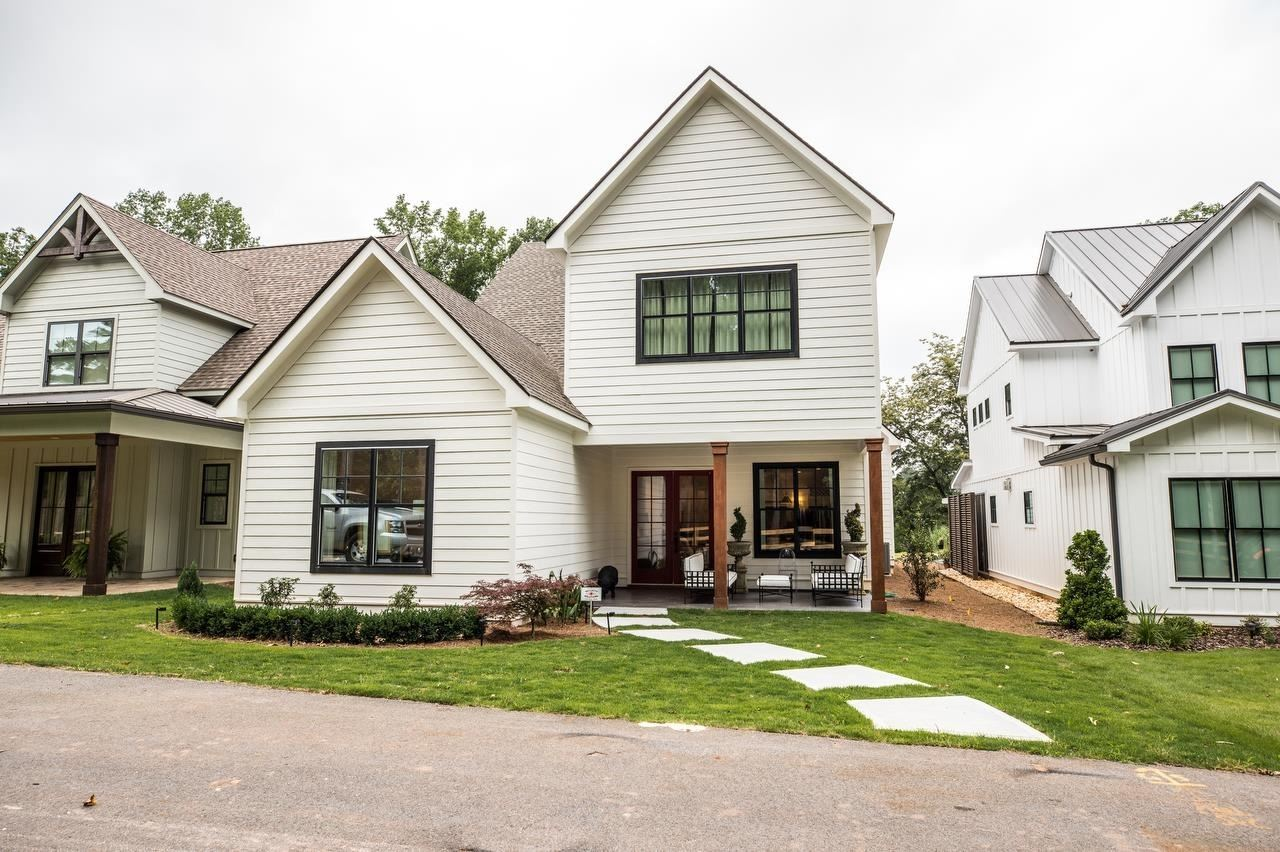 Carrollton                                                                      , GA - $537,000