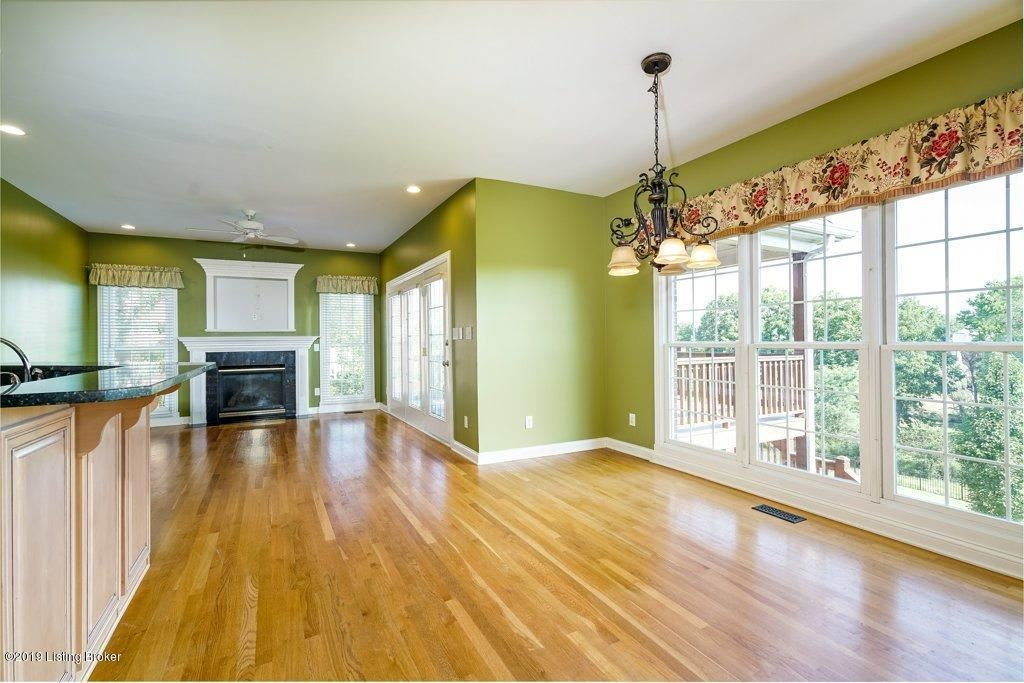 Property Image Of 12725 Crestmoor Cir In Prospect, Ky
