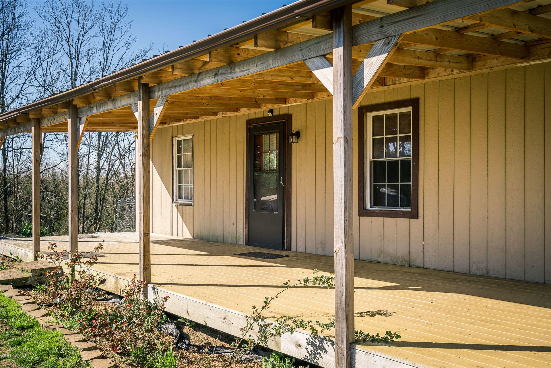 Property Image Of 2127 Mink Run Rd In Shelbyville, Ky