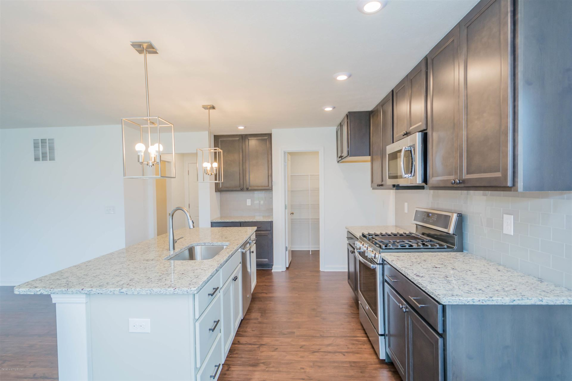 Property Image Of 9998 Crooked Oak Way In Louisville, Ky