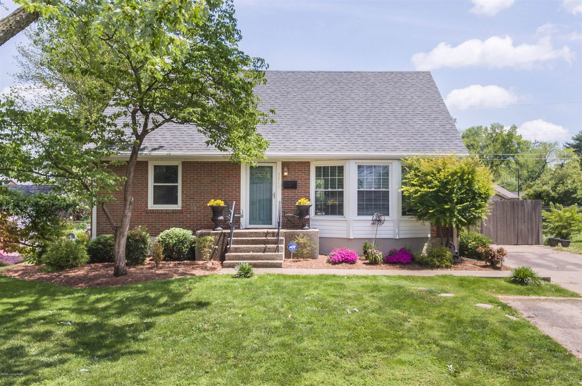 Property Image Of 3211 Radiance Rd In Louisville, Ky