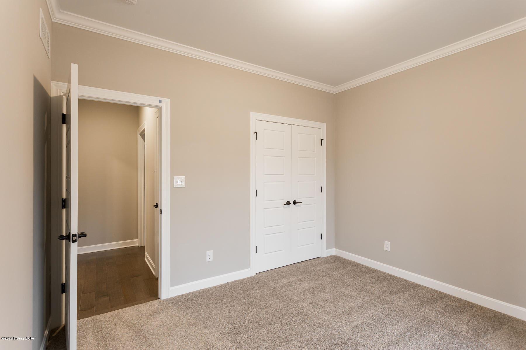 Property Image Of 9303 Cross Meadows Cir In Louisville, Ky