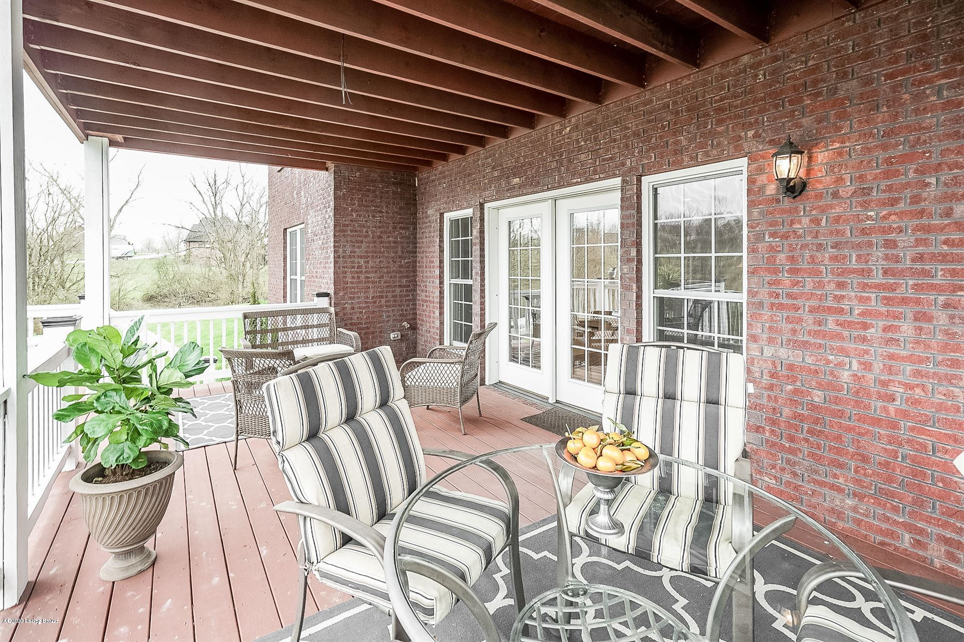 Property Image Of 3900 Clarke Pointe Ct In Crestwood, Ky