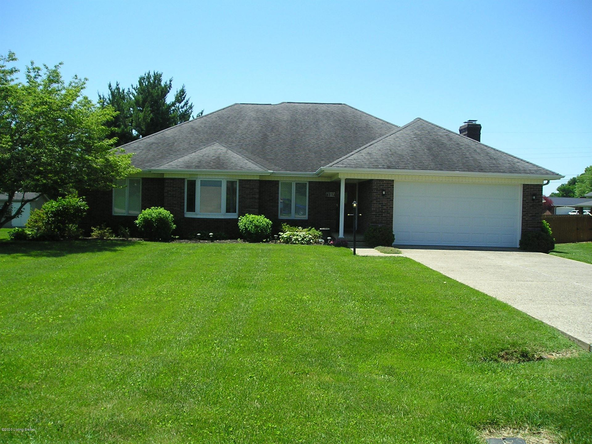 Property Image Of 81 Farmington Dr In Hodgenville, Ky
