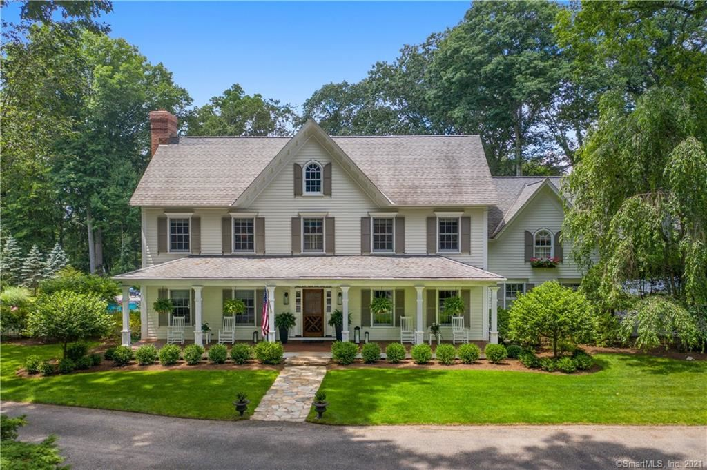 New Canaan                                                                      , CT - $2,800,000