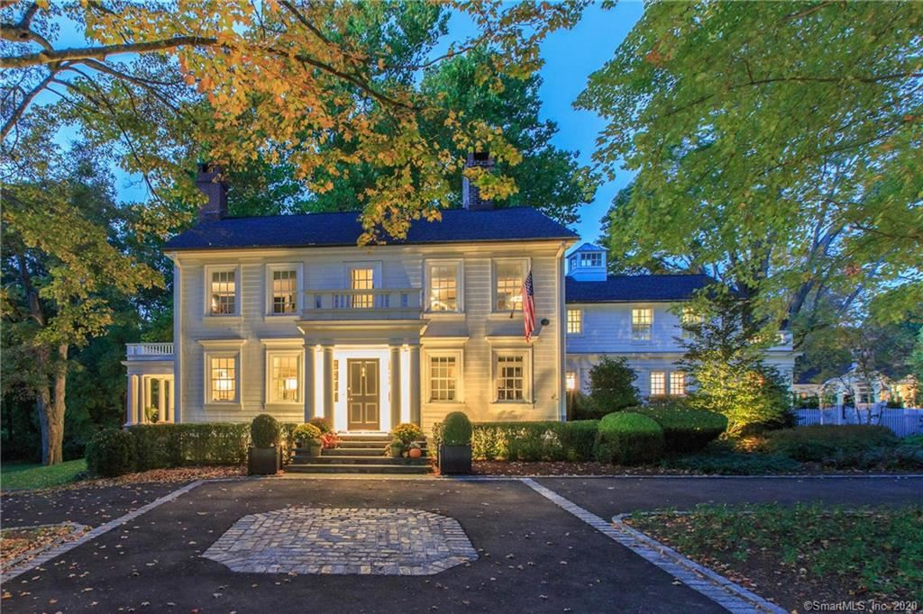 New Canaan                                                                      , CT - $4,395,000