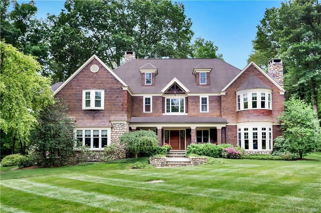 New Canaan                                                                      , CT - $2,595,000
