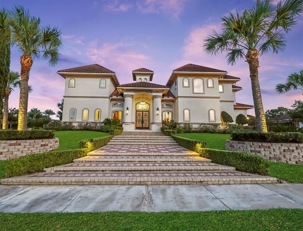 1510 Harbour Estates                                                                               Seabrook                                                                      , TX - $1,099,000