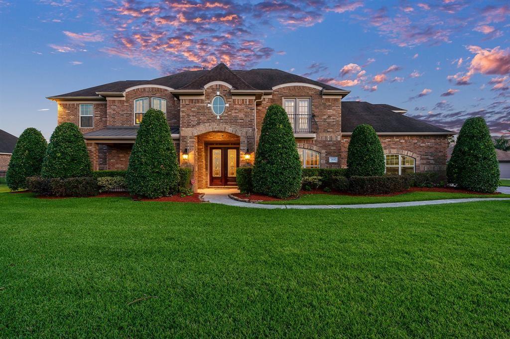 League City                                                                      , TX - $734,900