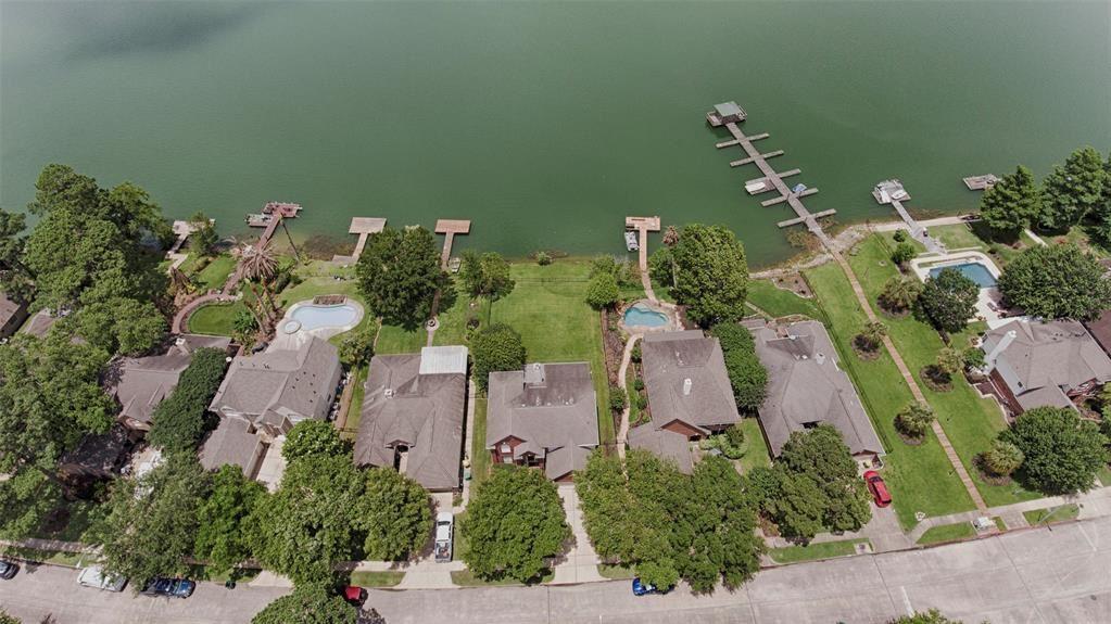Seabrook                                                                      , TX - $445,000