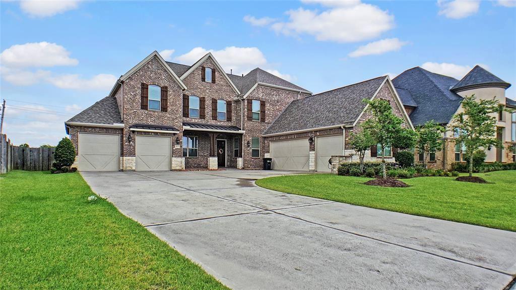 League City                                                                      , TX - $665,000