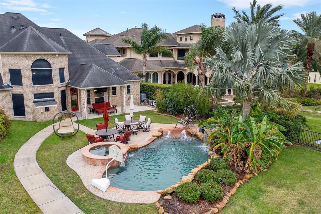 League City                                                                      , TX - $895,000