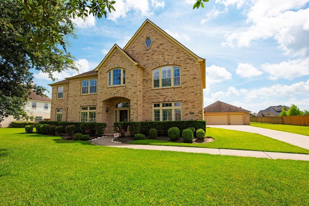 League City                                                                      , TX - $729,900