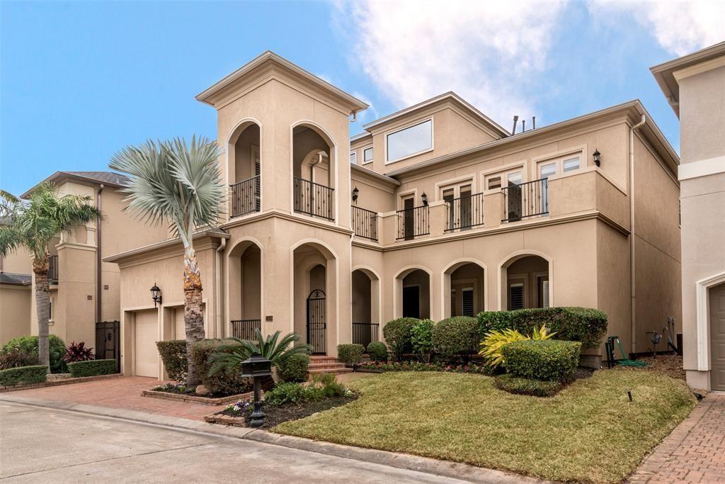 League City                                                                      , TX - $575,000