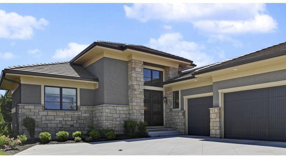 Overland Park                                                                      , KS - $1,269,000