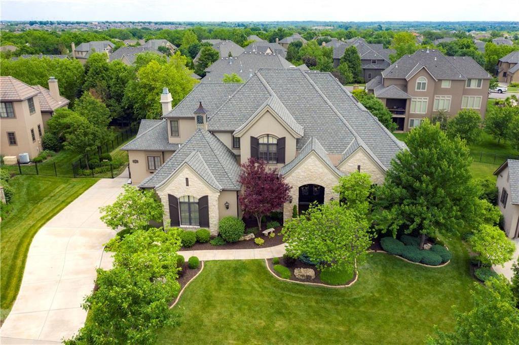 Overland Park                                                                      , KS - $1,064,950